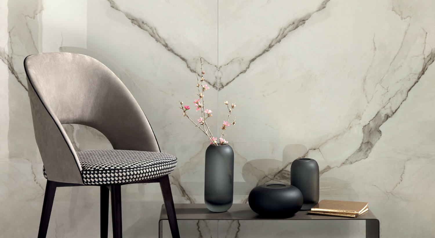 TIMELESS MARBLE CALACATTA GOLD BUTTERFLY