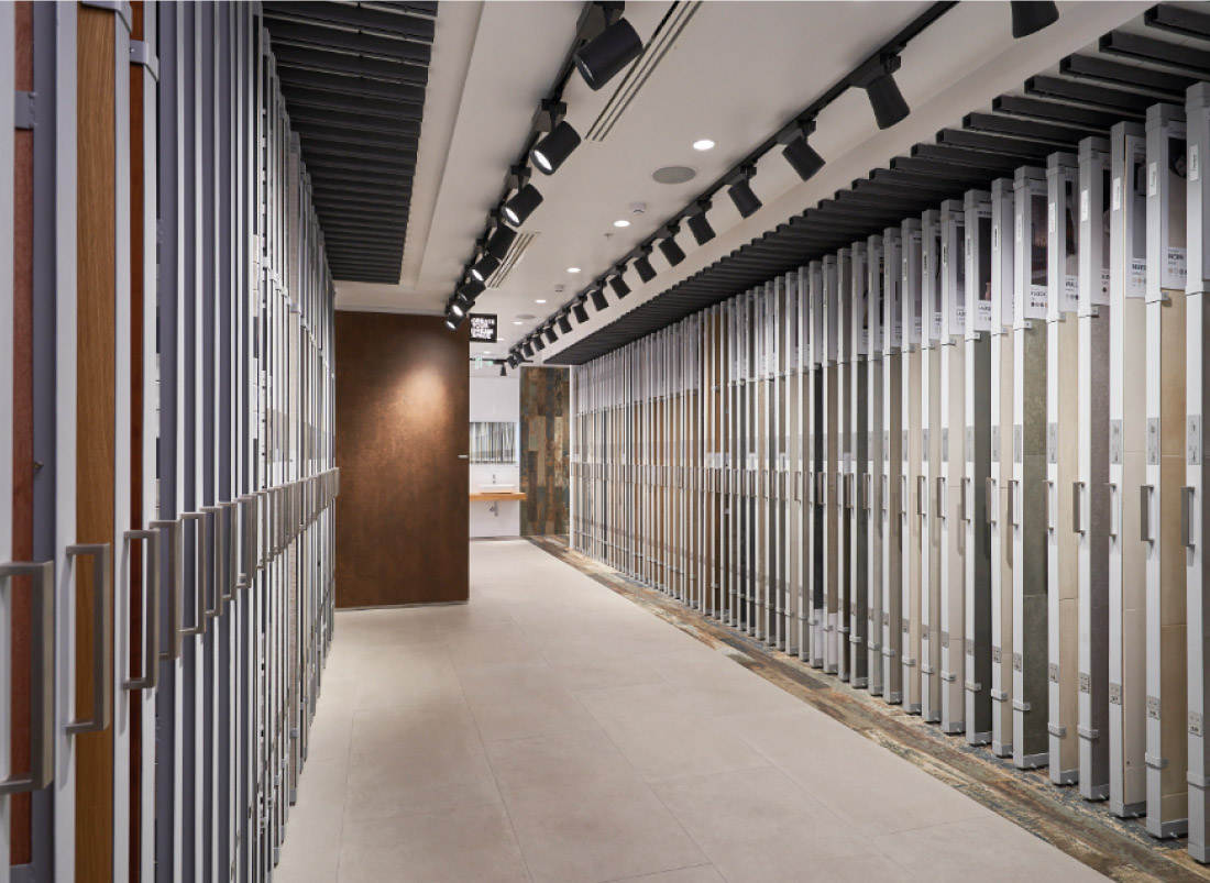 showroom porcelanatos img ferretti - Showroom